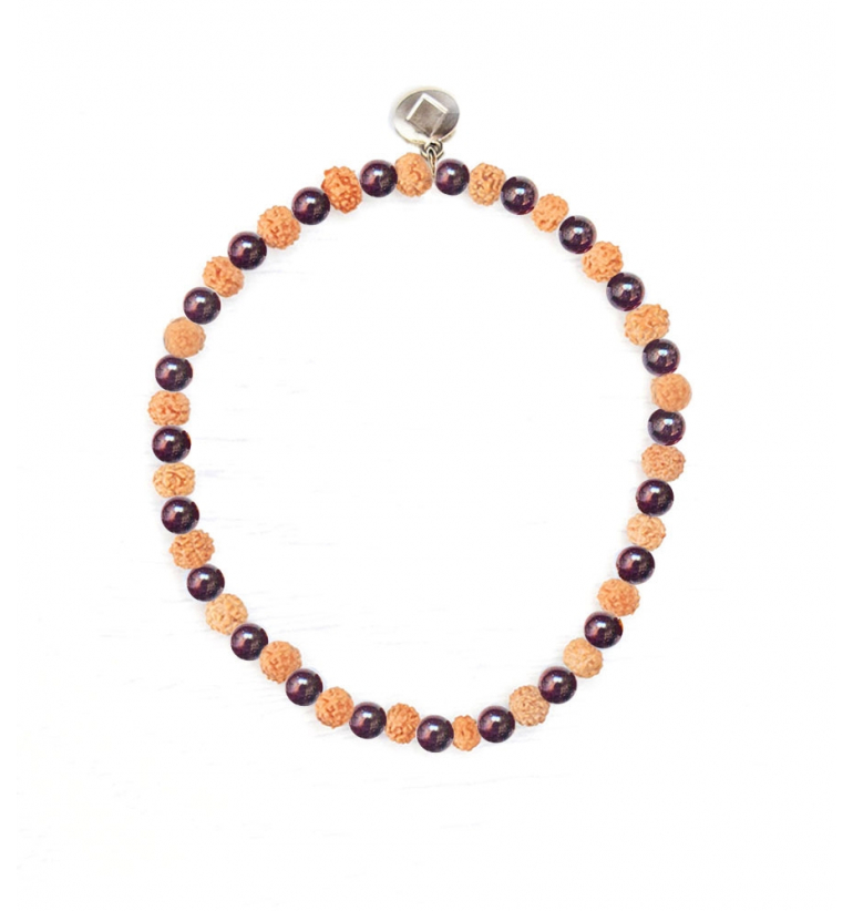 Garnet Cephei Pulsera de Granate y Rudraksha natural de Mukhas Collection