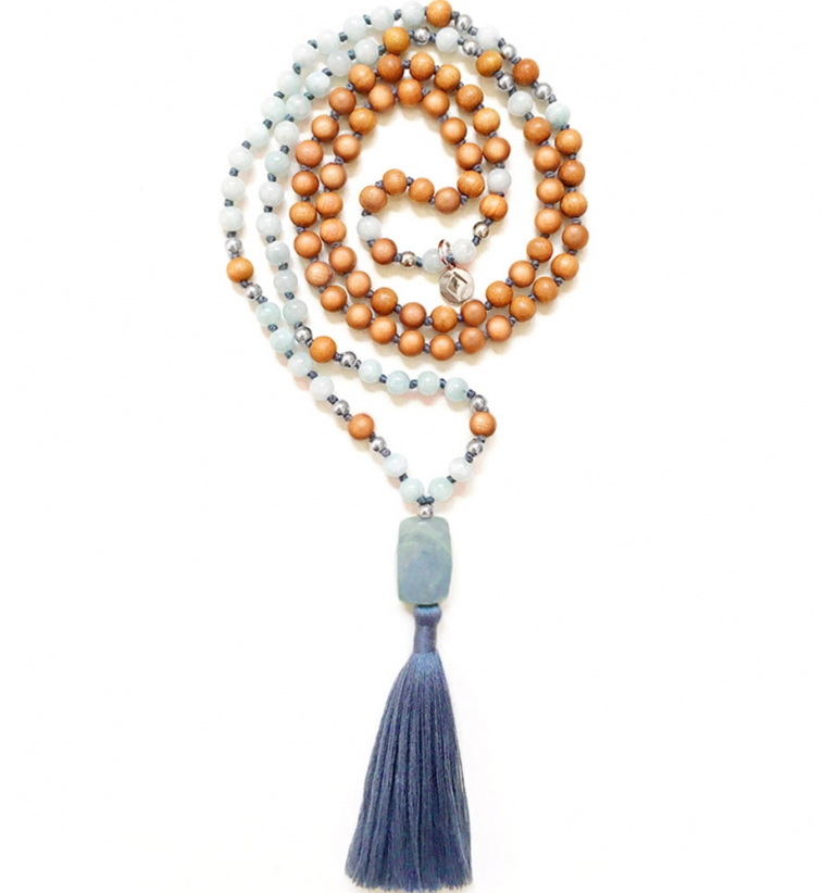 Aura Mala with natural Aquamarine and Sandalwood